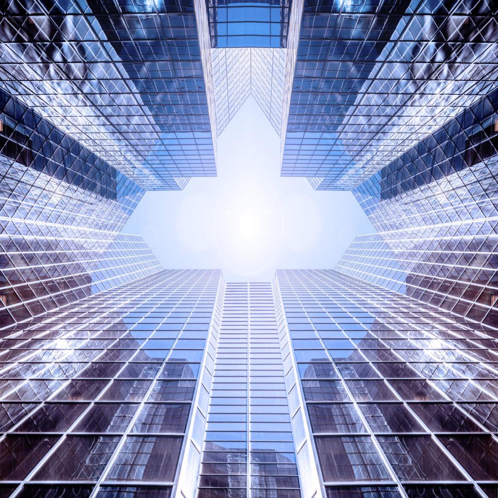 immeuble d'architecture moderne en verre